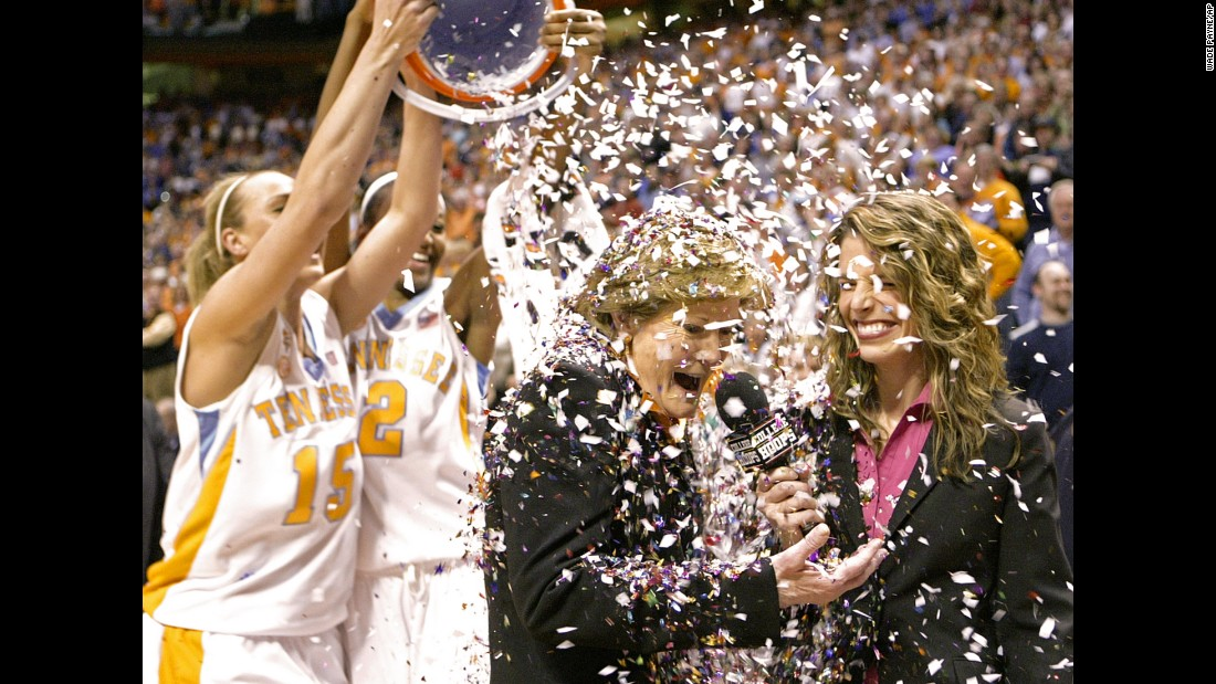 Tennessee coach Pat Summitt has confetti dumped on her by Alicia Manning and Alex Fuller after an NCAA college basketball game against Georgia on February 5, 2009 in Knoxville. Tennessee won 73-43, giving Summitt her 1,000th career victory.