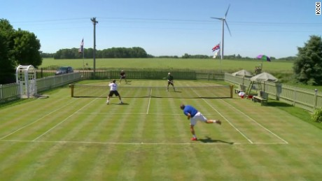 Iowa farmer's replicates Wimbledon kcci pkg_00021216.jpg