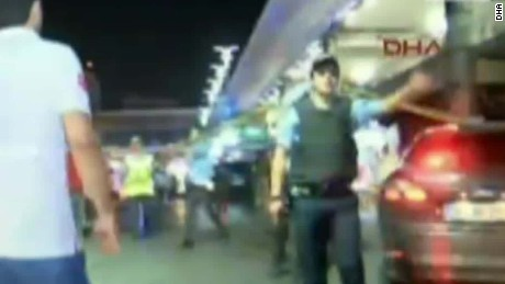 turkey airport sercurity ivan watson bpr nr_00002820.jpg