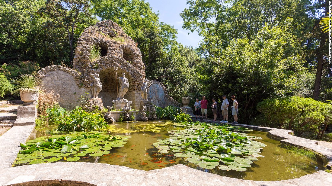Famous for its beautiful vegetation, Trsteno now has one of the oldest Gothic Renaissance parks -- Trsteno Arboretum -- in the country.
