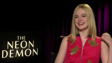 the neon demon elle fanning movie pass_00020702.jpg