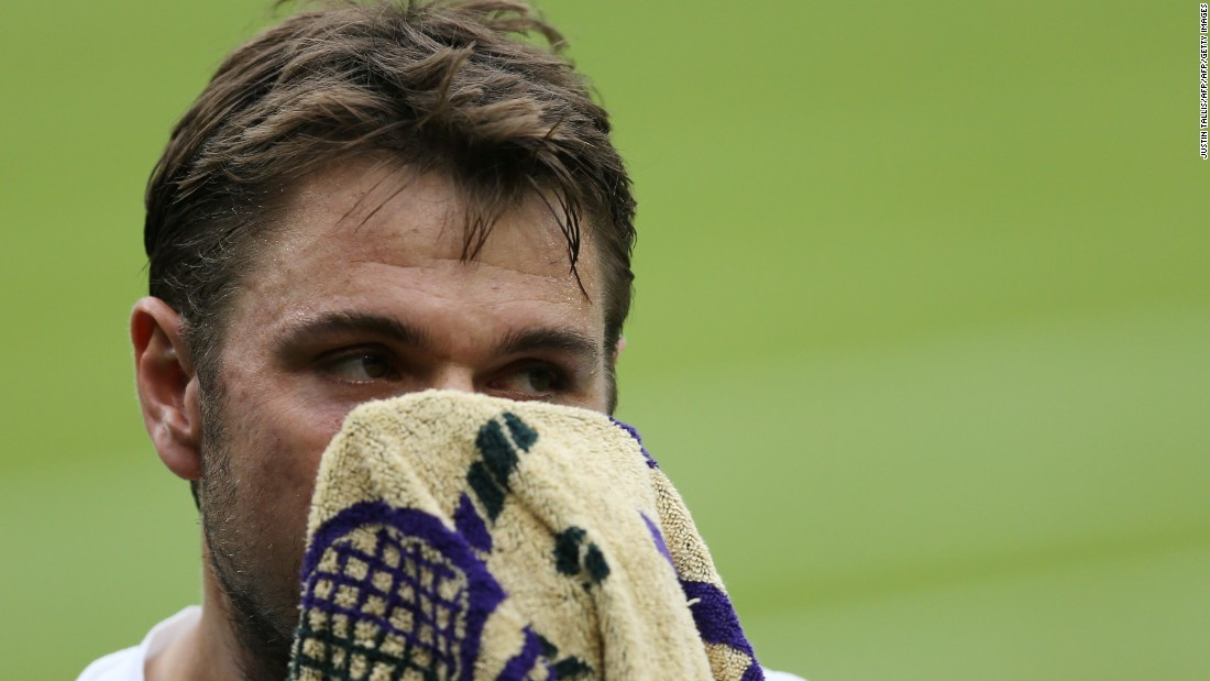 The swoon continued for Wawrinka, who lost the third set in a lopsided tiebreak.