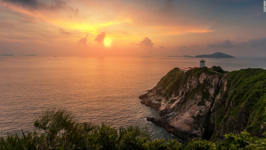 Built in 1875, this pre-war structure is one of Hong Kong's oldest and last remaining lighthouses. It's located on Shek O peninsula at the southeastern tip of Hong Kong Island.