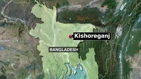 bangladesh attack prayer group field live_00002316.jpg