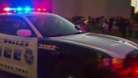 police officers shot dallas texas witness sot ctn_00010002.jpg