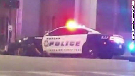 dallas police officer shooting ground vo_00003228