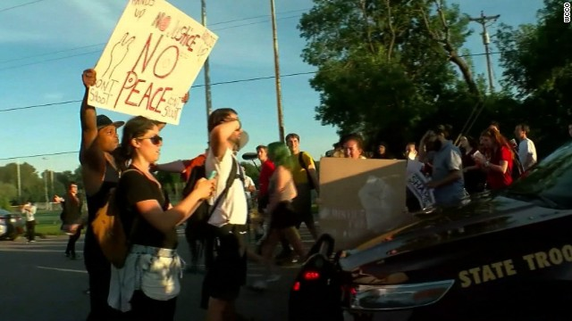 Dialogue amid more protests nationwide
