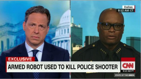 "Dallas Police Chief: bomb robot ""saved lives""_00004102.jpg"
