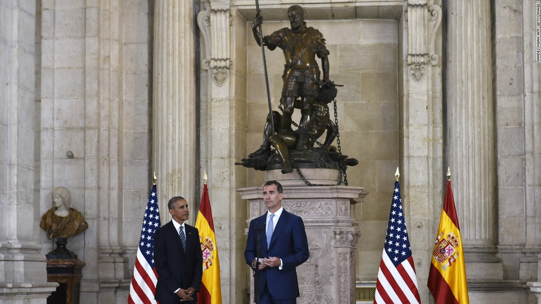 Spain's King Felipe VI greats Obama after his arrival at the Palacio Real de Madrid on July 10.