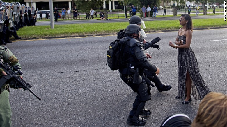 The story behind this viral photo