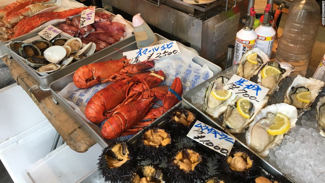 Home to more Michelin-starred restaurants than any city in the world, Tokyo's street food -- be it raw or cooked -- is hard to beat.