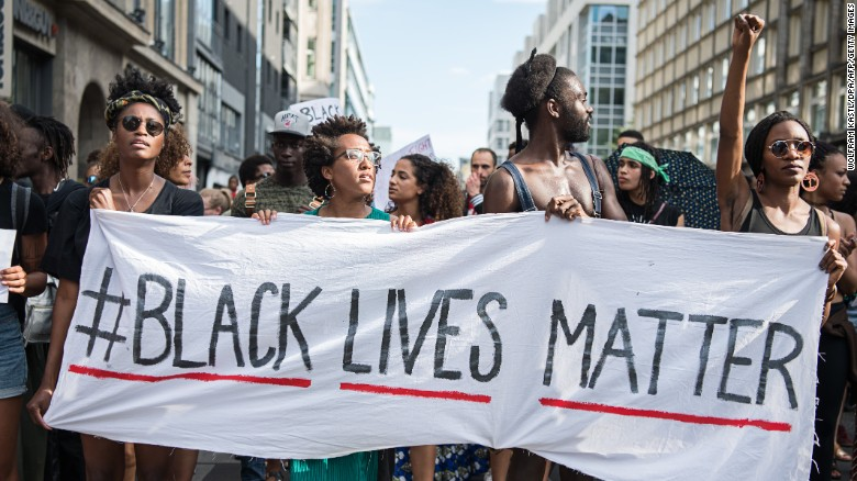 Black Lives Matter solidarity march in Manchester/Europe ...