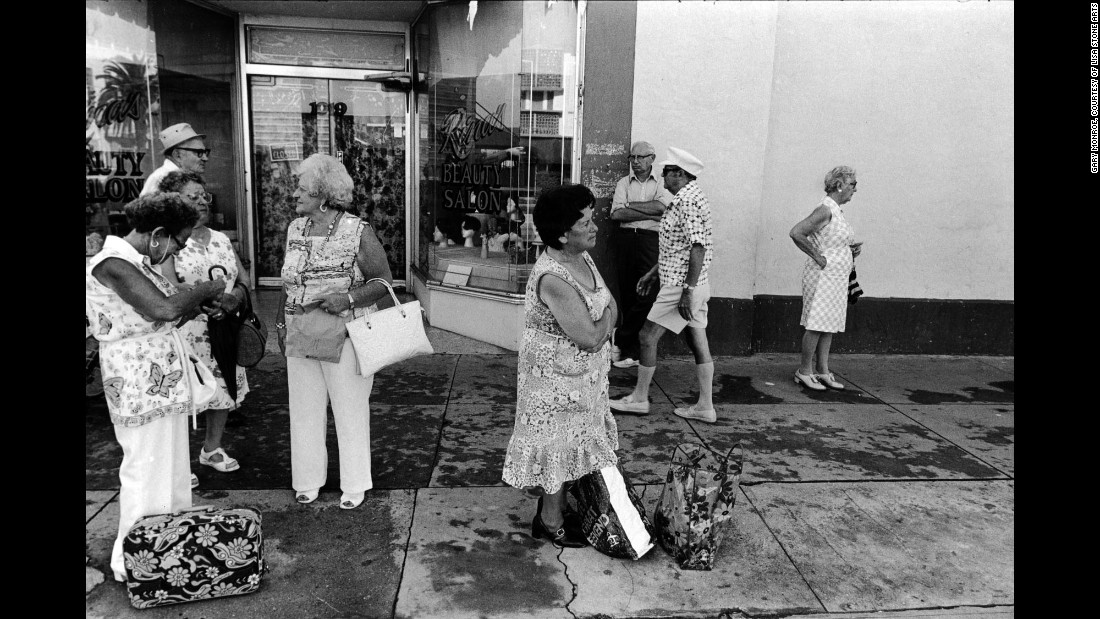 """People at 10th Street and Washington Avenue in 1979. """"Conversations were often centered around Israel, grandchildren and local politics,"""" Monroe said."""
