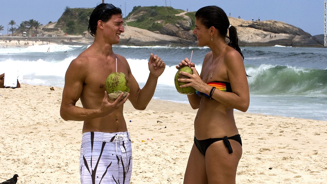 Coconut water and tropical fruit juice popsicles are some of the ideal foods to get when visiting Rio de Janeiro.