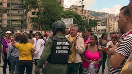 venezuela food riot dnt newton_00001703