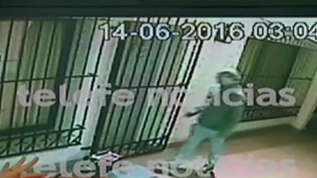 cnnee brk argentina nuevo video jose lopez monasterio_00020419