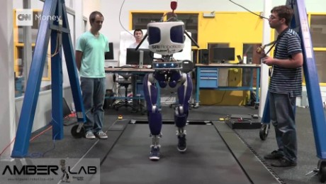 This robot is designed to strut like a human_00000000.jpg