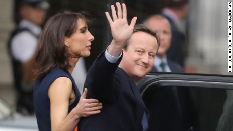 LONDON, ENGLAND - JULY 13:  Prime Minister David Cameron with his wife Samantha leave 10 Downing Street for the last time after speaking to the press to visit Buckingham Palace to formally tender his resignation to the Queen on July 13, 2016 in London, England. David Cameron leaves Downing Street today having been Prime Minister of the United Kingdom since May 2010 and Leader of the Conservative Party since December 2005. He is succeeded by former Home Secretary Theresa May and will remain as Member of Parliament for Witney in Oxfordshire.  (Photo by Christopher Furlong/Getty Images)