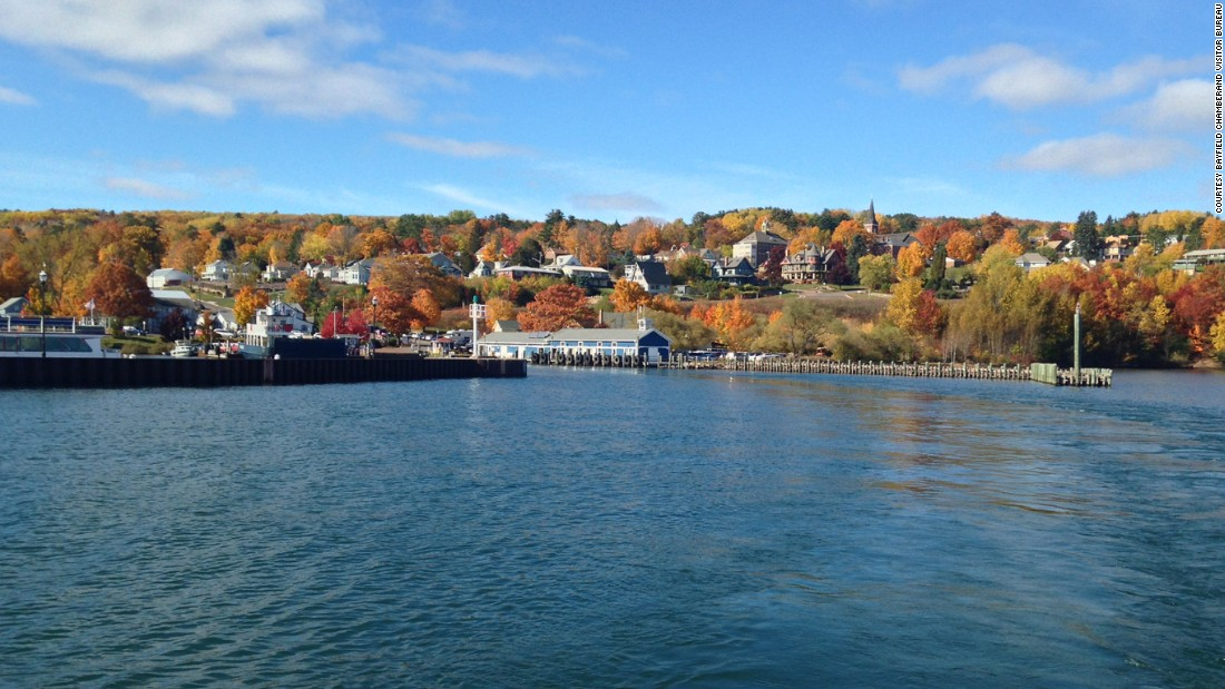 Bayfield, Wisconsin, is the gateway to Apostle Islands National Lakeshore. With a population hovering around 500, this cozy little town has more guest rooms than residents.