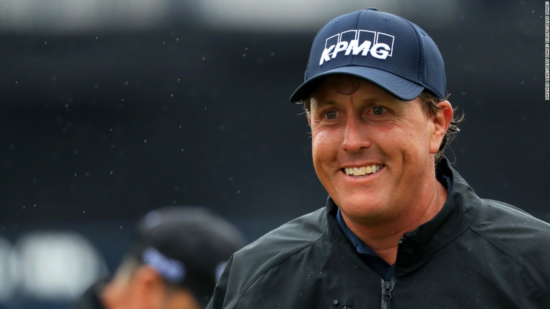 "The 46-year-old says he ""enjoyed the challenge"" and shot two-under 69 to edge to 10 under par."
