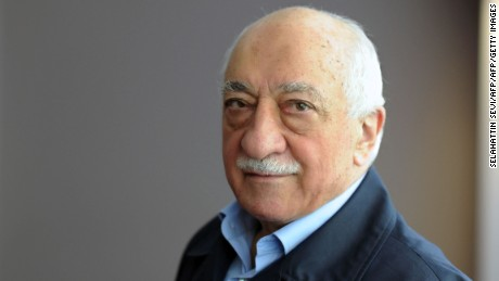 Turkey President calls for U.S. cleric to be extradited