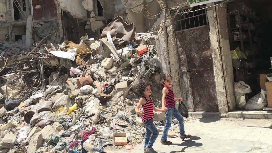 People 'scared and hungry' as troops circle Aleppo