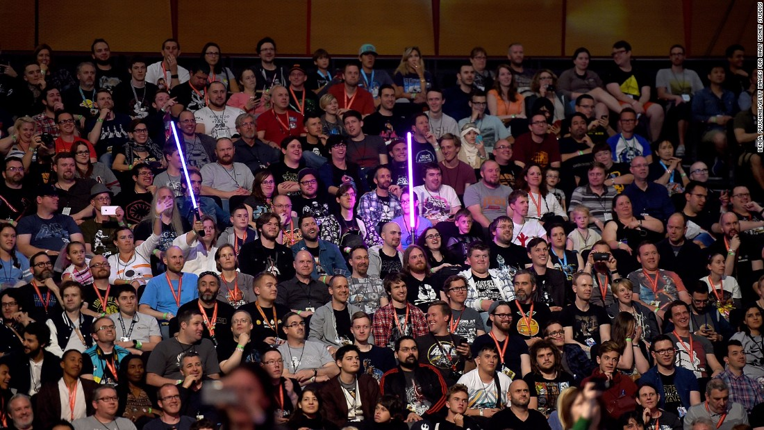 """""""Star Wars"""" fans turn out to see the """"Rogue One"""" panel."""