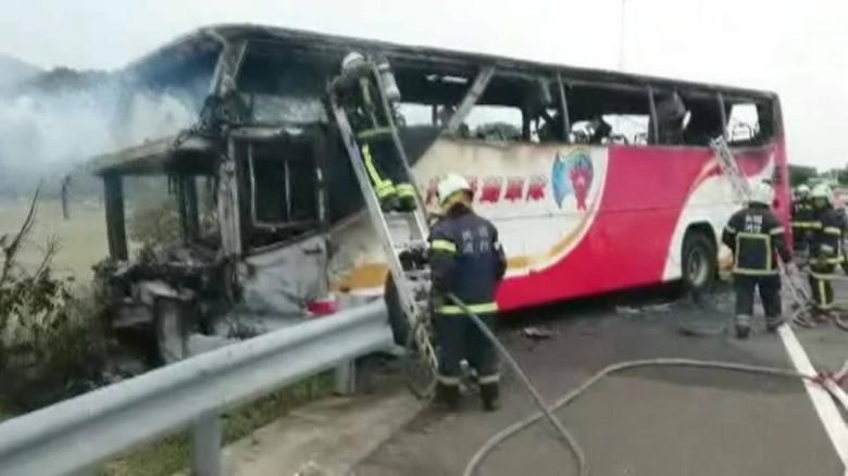 taiwan bus fire wreckage cnni vo_00001321