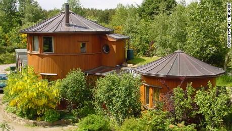 barrelhouses