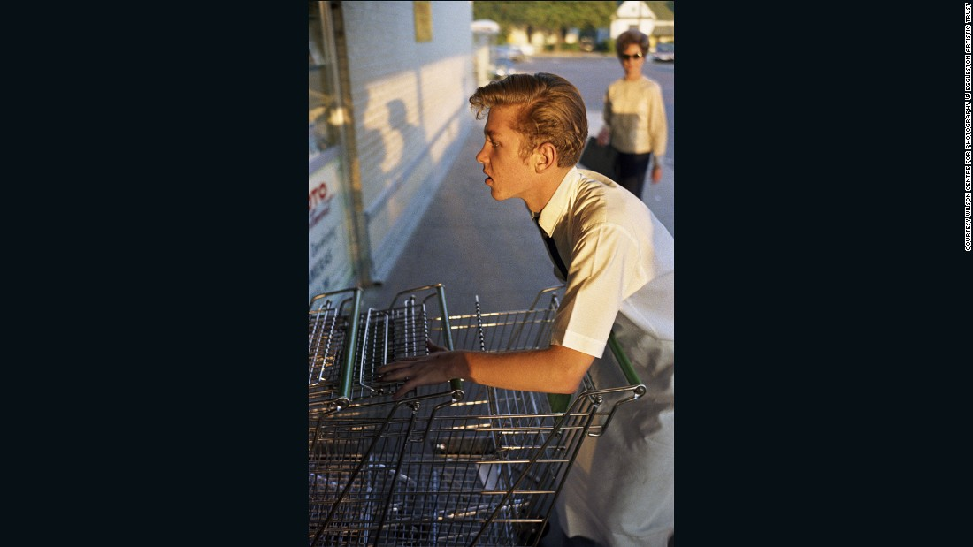 """In 1976, New York's Museum of Modern Art exhibited his color photos, praising how he managed to """"use color in a confident spirit of freedom and naturalness."""""""