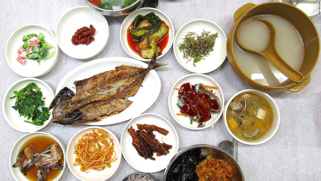 Meonggae (sea pineapple), bibimbap and grilled fish are among the dishes appearing in this spread at local Tongyeong restaurant Donghae Sikdang.