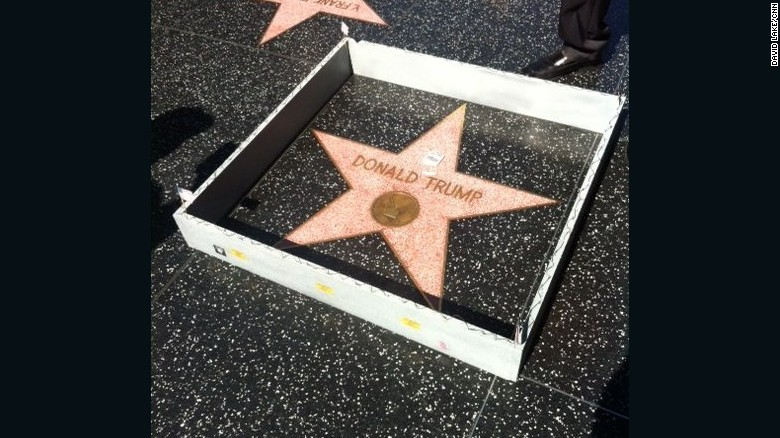 Tiny wall built around Trump's Hollywood star