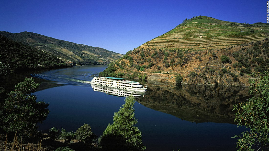 Whether it is a week-long cruise, a day ferry or a private yacht, sailing along the Douro offers unforgettable views of vine-covered terraces.