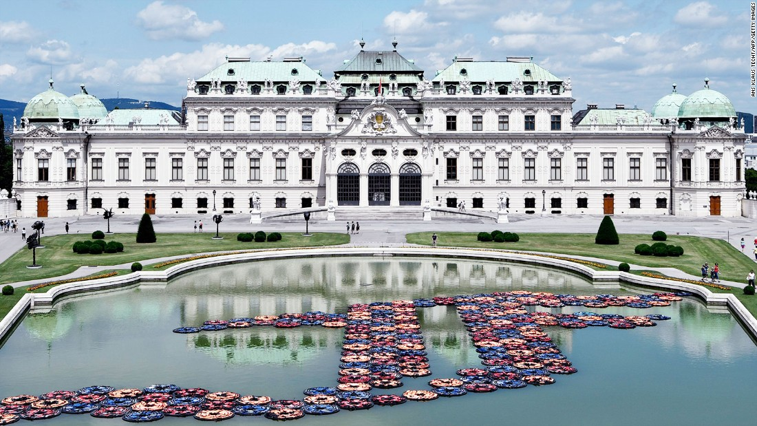 Ai Weiwei pays tribute to the migrant crisis by creating an installation in Austria. It is made using over 1,000 life jackets used by refugees.