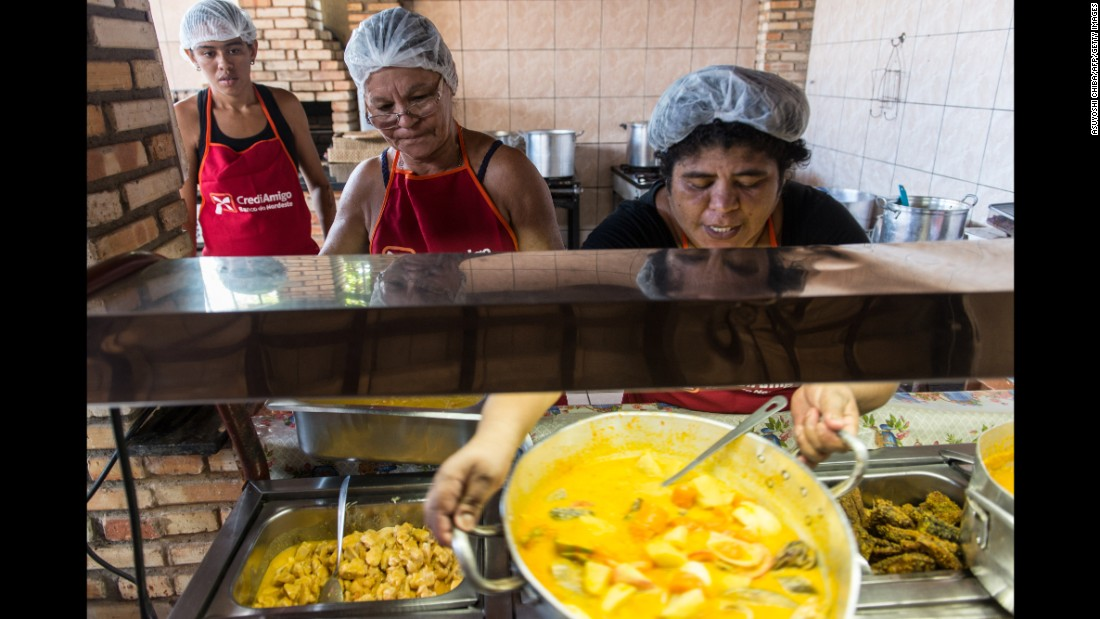 Lunch is not a dainty affair in Brazil. It's advisable to go easy on breakfast, as the midday meal may put most visitors close to capacity.