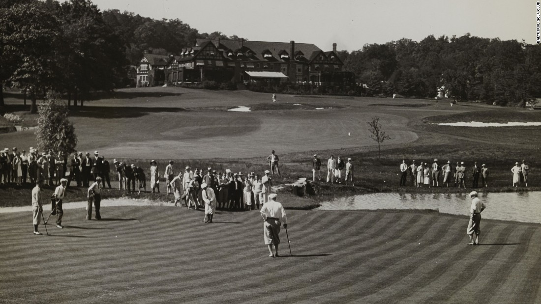 Baltusrol's next major after reopening was the 1926 U.S. Amateur, where George von Elm beat Bobby Jones in the final on the Lower Course. Tillinghast can be seen standing in the far background overseeing play duirng a practice round.