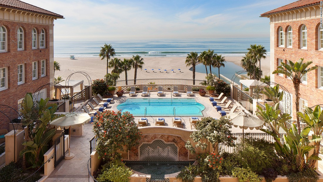 With old-world hospitality and classic palatial design, Casa del Mar has been an icon of Los Angeles for more than eight decades.