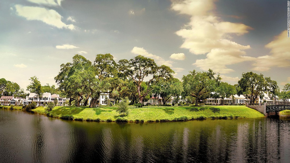 Montage Palmetto Bluff's 50 clapboard cottages, sitting amid a thick maritime forest in Bluffton, South Carolina, are rustic yet luxurious, outfitted with screened porches, vaulted ceilings, pine floors and working fireplaces.