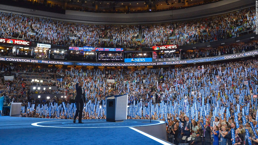The crowd welcomes Obama.