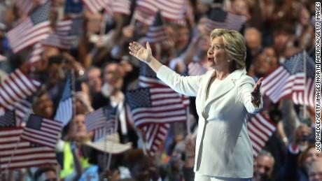 Ella es el diablo — Trump sobre Clinton