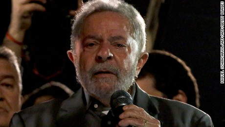 Former Brazilian President (2003-2011) Luiz Inacio Lula da Silva participates in a protest against interim president Michel Temer along Paulista Avenue in Sao Paulo, Brazil on June 10, 2016. / AFP / Miguel Schincariol        (Photo credit should read MIGUEL SCHINCARIOL/AFP/Getty Images)