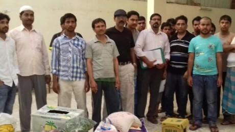stranded india workers in saudi arabia john defterios pkg_00010724.jpg