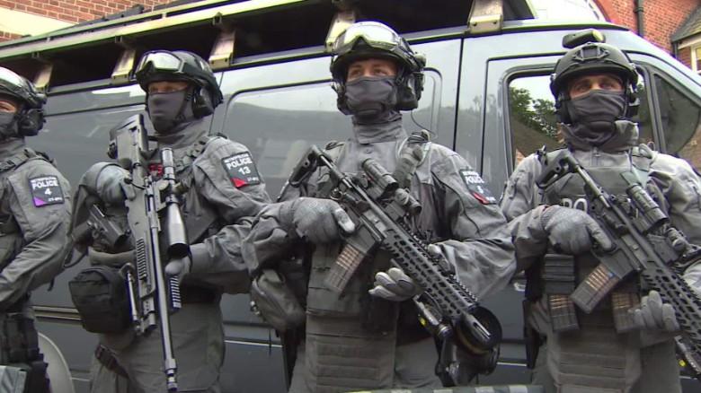 london increased policing nima elbagir _00004111