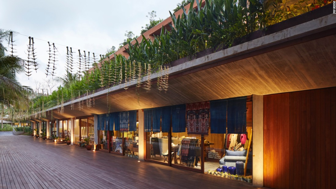 The Katamama aims to create a sense of community within the hotel with local brands and restaurants. One Fifteenth, the hotel's coffee shop, is a Jakarta import that specializes in quality beans. Dedicated to sustainability, PTT Family doesn't use any plastic straws or containers, instead Dedicated to sustainability, PTT Family doesn't use any plastic straws or containers, instead utilizing bamboo and recycled paper.