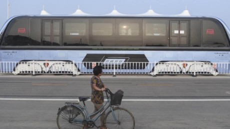 cnnee pkg digital china autobus comeautos _00002914