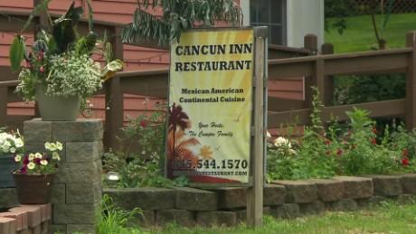cnnee pkg maria santana amenazas a restaurante mexicano en ee.uu._00014809