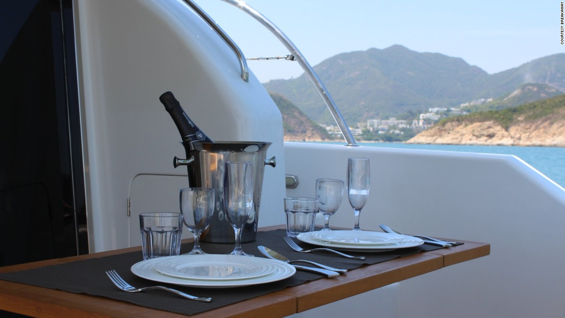 Breakaway offers food and drink packages including brunch deals and romantic dinners for two.