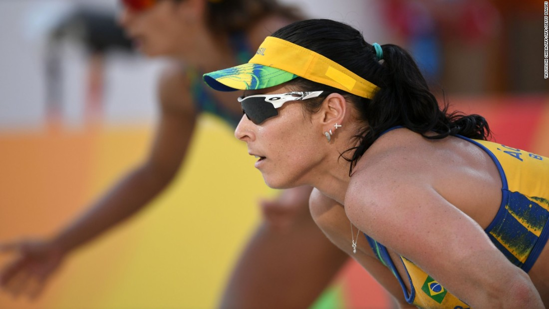 Barbara Seixas, and her partner Agatha Bednarczuk, made it two wins out of two for Brazil by defeating the Czech Republic.