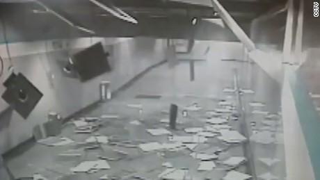 china ceiling collapse van dam cnni nr lklv_00004304