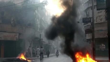 Syrian rebels break siege in Aleppo